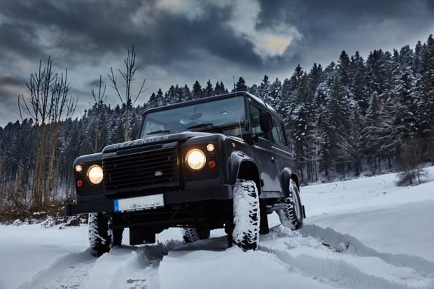 Standheizung: Defender im Schnee