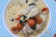 Huhn in Käsesahnesoße mit Mozzarella überbacken