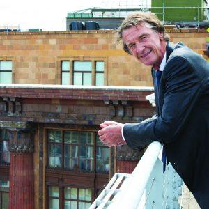 Jim Ratcliffe auf seinem Balkon in London.