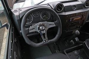 MOMO Lenkrad TREK R mit verchromter Speiche.