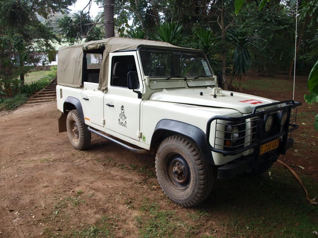 Land Rover One-Ten, reisefertig 2 - Himo, Tansania