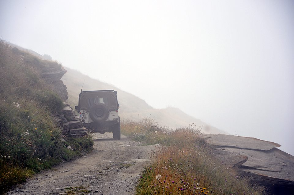 Im Nebel auf der Varaita-Maira-Kammstraße