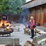 Großes gemeinsames Lagerfeuer