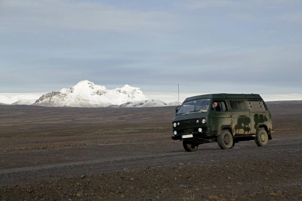 Herbst auf Island - Die Vulkane sind bereits weiß