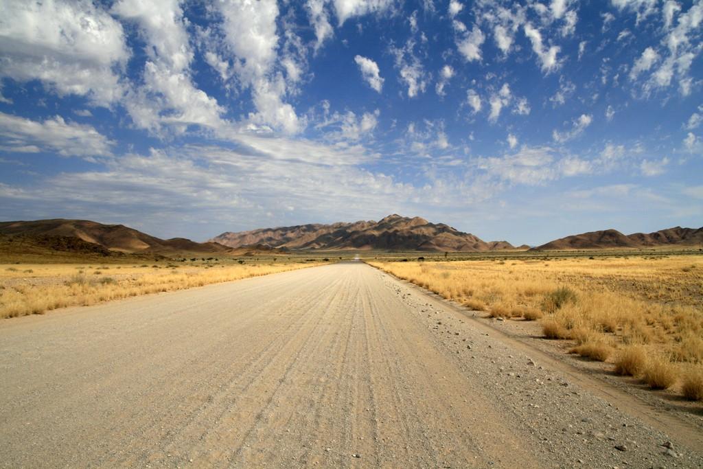 Gravelroad – Schotterpiste im Namib-Naukluft-Park, Namibia
