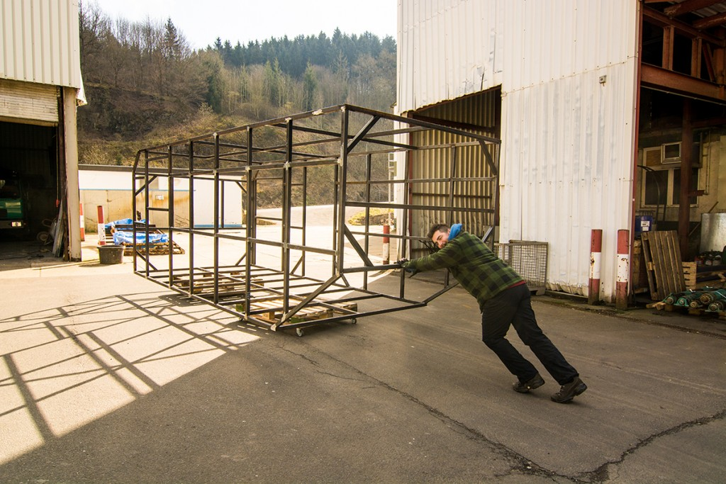 Aus 160m-Stahlrohr wird ein Koffer