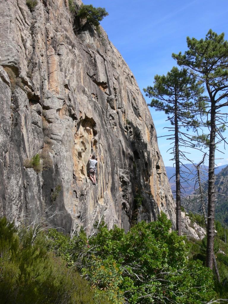 Klettern im Restonica-Tal