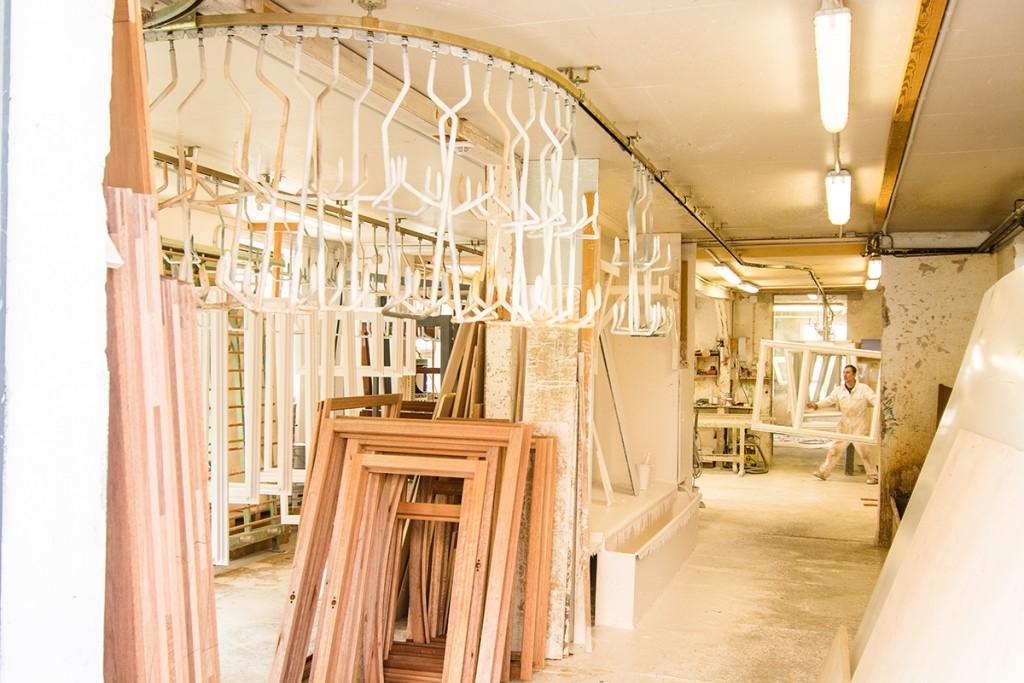 Unsere Fenster sind vom Schreiner aus Holz gefertigt