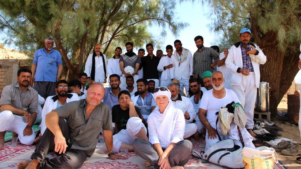 Pilger auf dem Weg nach Kerbala rasten im Schatten