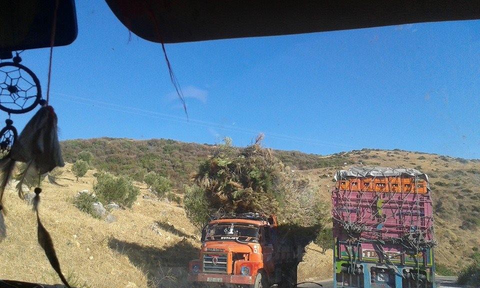 Nach oben gibt es keine Grenzen, Verkehr in Marokko