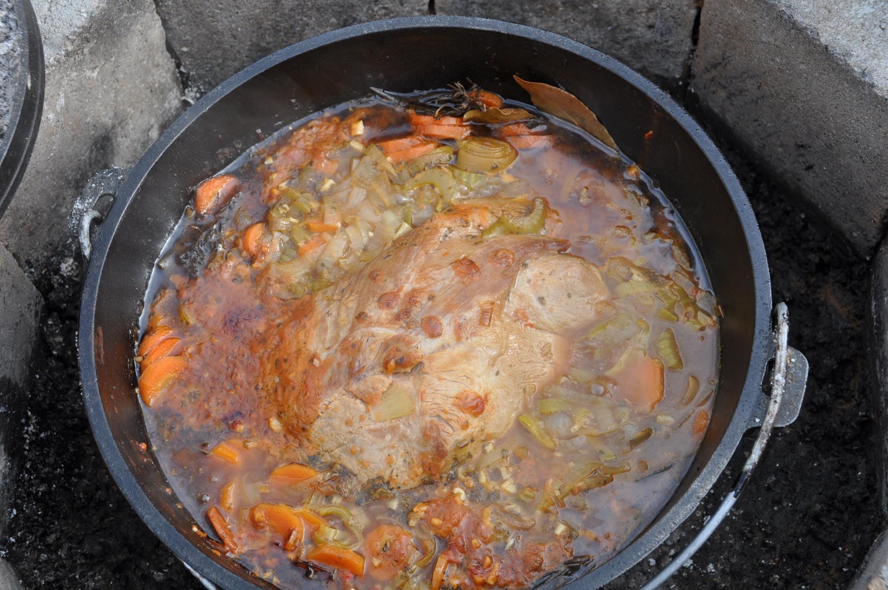 Schweinebraten im Dutch Oven