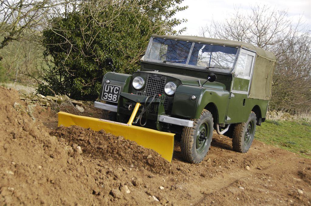 """Serie I, 86"""", Räumfahrzeug Fotos: © Jaguar Land Rover"""