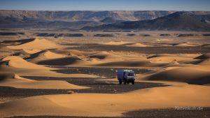 Die Pistenkuh in der marokkanischen Wüste