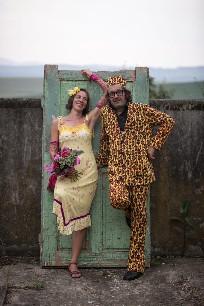August der Reisewagen: Unsere Hochzeit im Juni letzten Jahres