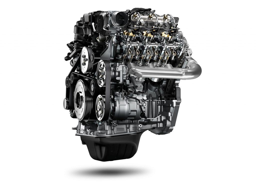 V6 mit einem Gabelwinkel von 90 Grad: Der 3,0l TDI für den aktualisierten Amarok erreicht bis zu 550 Newtonmeter und 165 kW / 224 PS. Das sind nochmals 130 Nm Drehmoment mehr als beim Vorgänger-Modell; das Diesel-Aggregat erfüllt zudem die verschärfte Abgasnorm für EU6-Märkte.