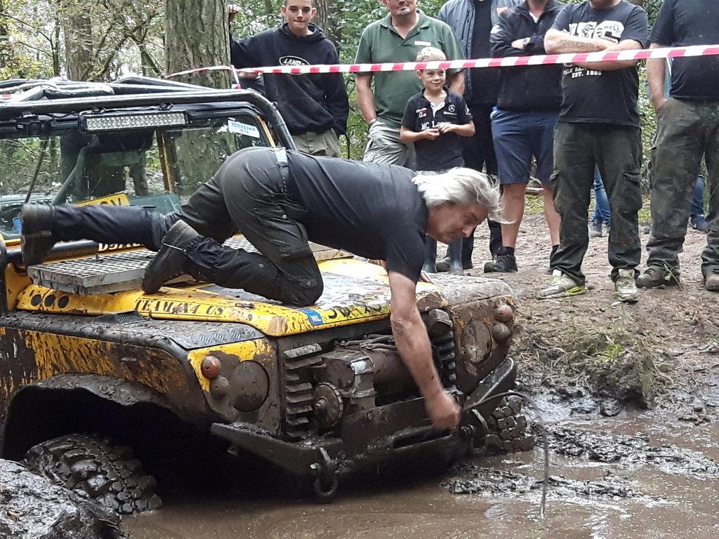 Beim Mud-Cup muss es schnell gehen. Terrein 2016.