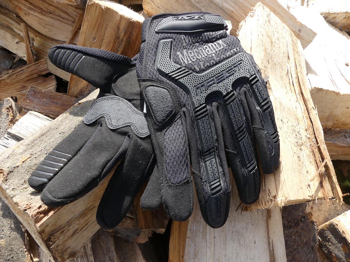 Ausrüstung für Offroad-Reisen - Handschuhe Mechanix Wear M-Pact