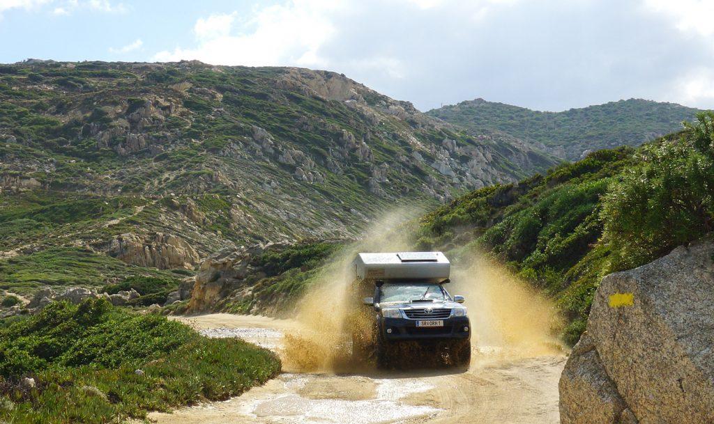 Staub aufwirbeln auf Korsika