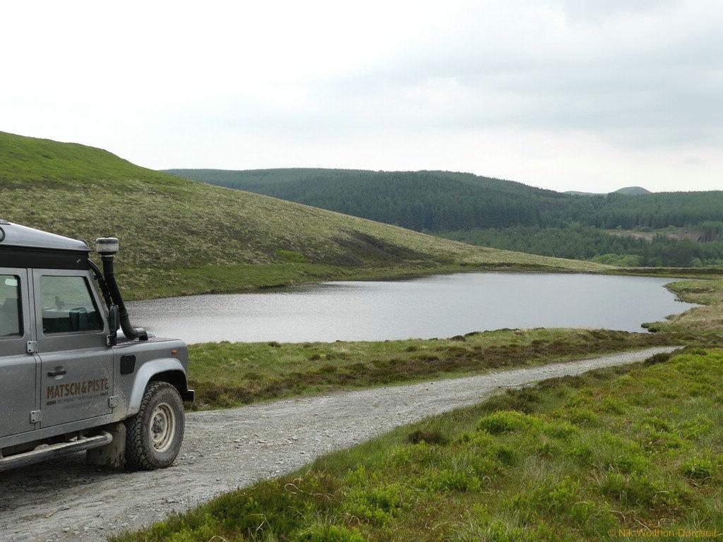 Der Llyn Rhosgoch im Elenydd Hochland.