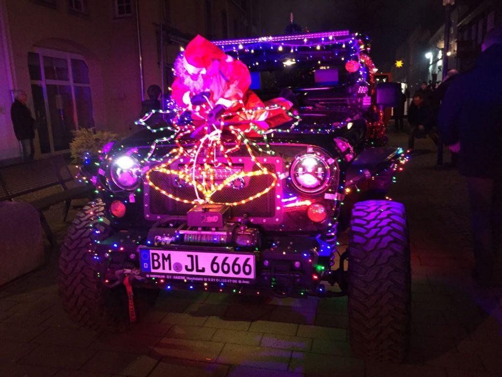 Jeep XMAS Parade