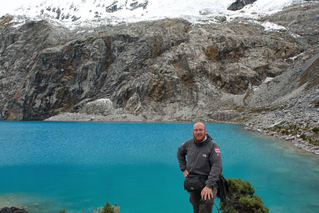 An der 4600 m hoch gelegenen Laguna 69, Cordillera Blanca, Peru, Interview Christian Weinberger
