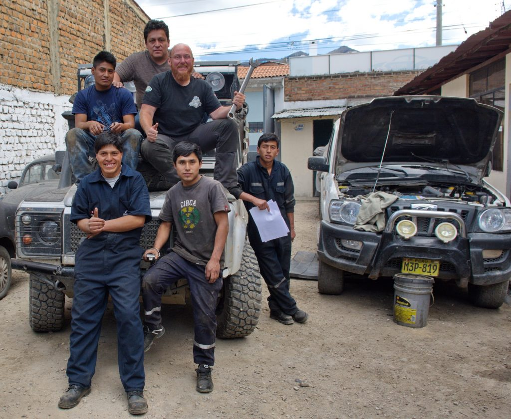 Reparatur in Peru, immer nette Mechaniker, Interview Christian Weinberger