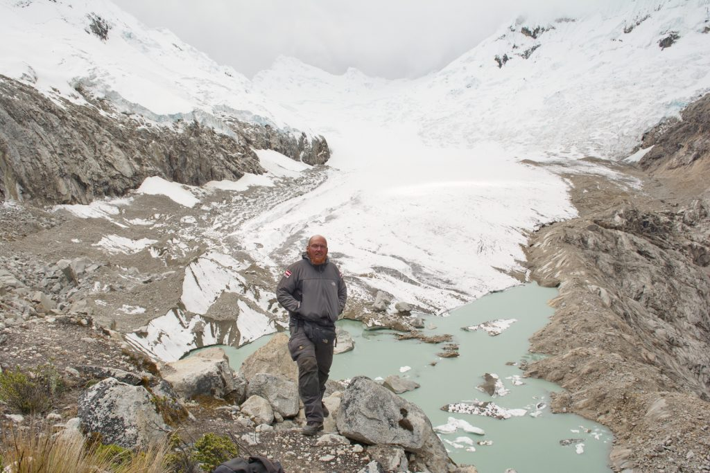 An einem Gletscher in der Cordillera Blanca, 4800 m, Interview Christian Weinberger