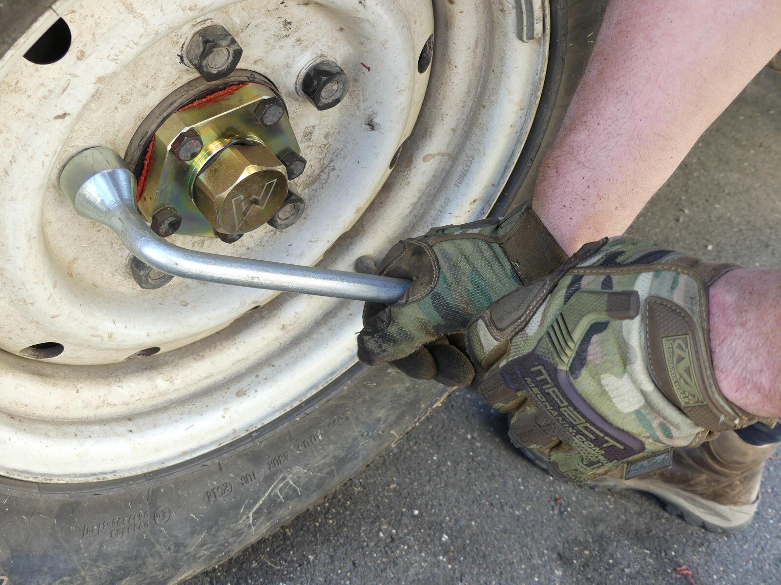 Das Werkzeug liegt sicher in der Hand.