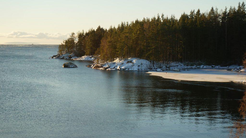Am Vättern, dem zweitgrößten See Schwedens ist der Winter am 5. Januar schon vorbei