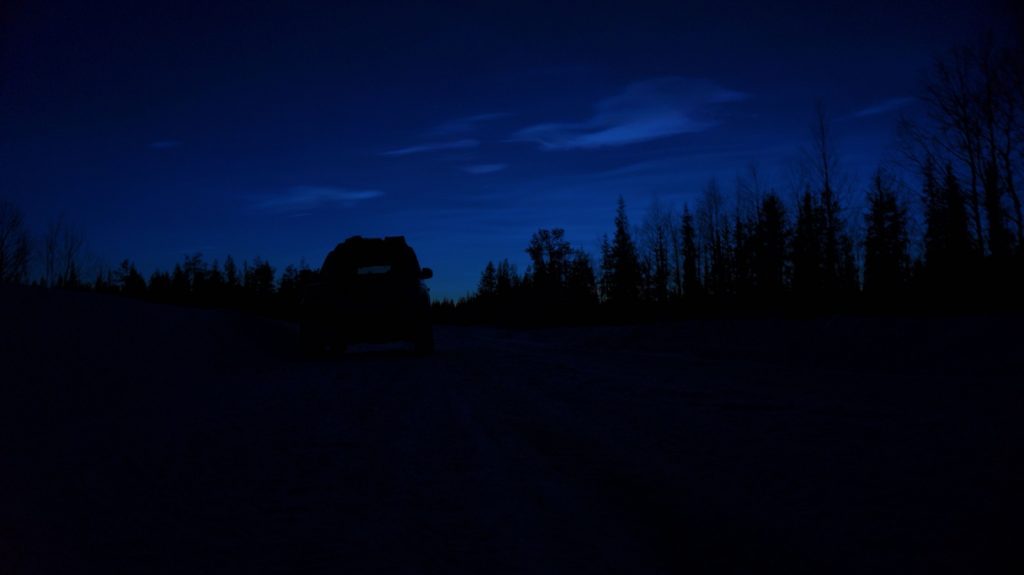 Sonnenuntergang hinter dem Polarkreis