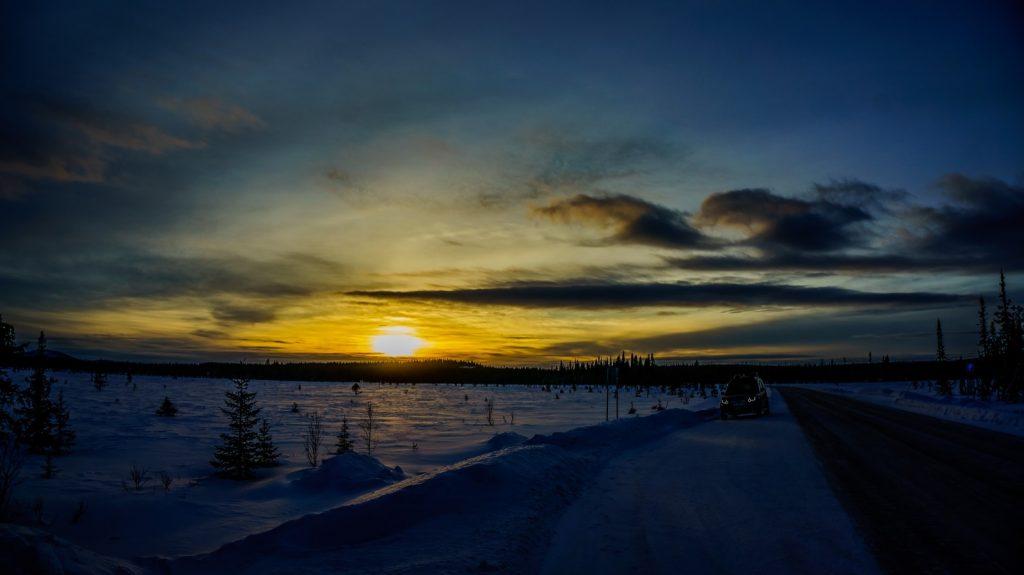 Suedliches Lappland kurz nach 14 Uhr