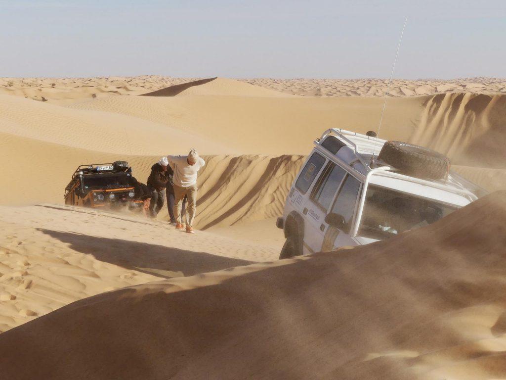 Hier oben fegt ein unglaublicher Wind, Tunesien Sahara Extrem