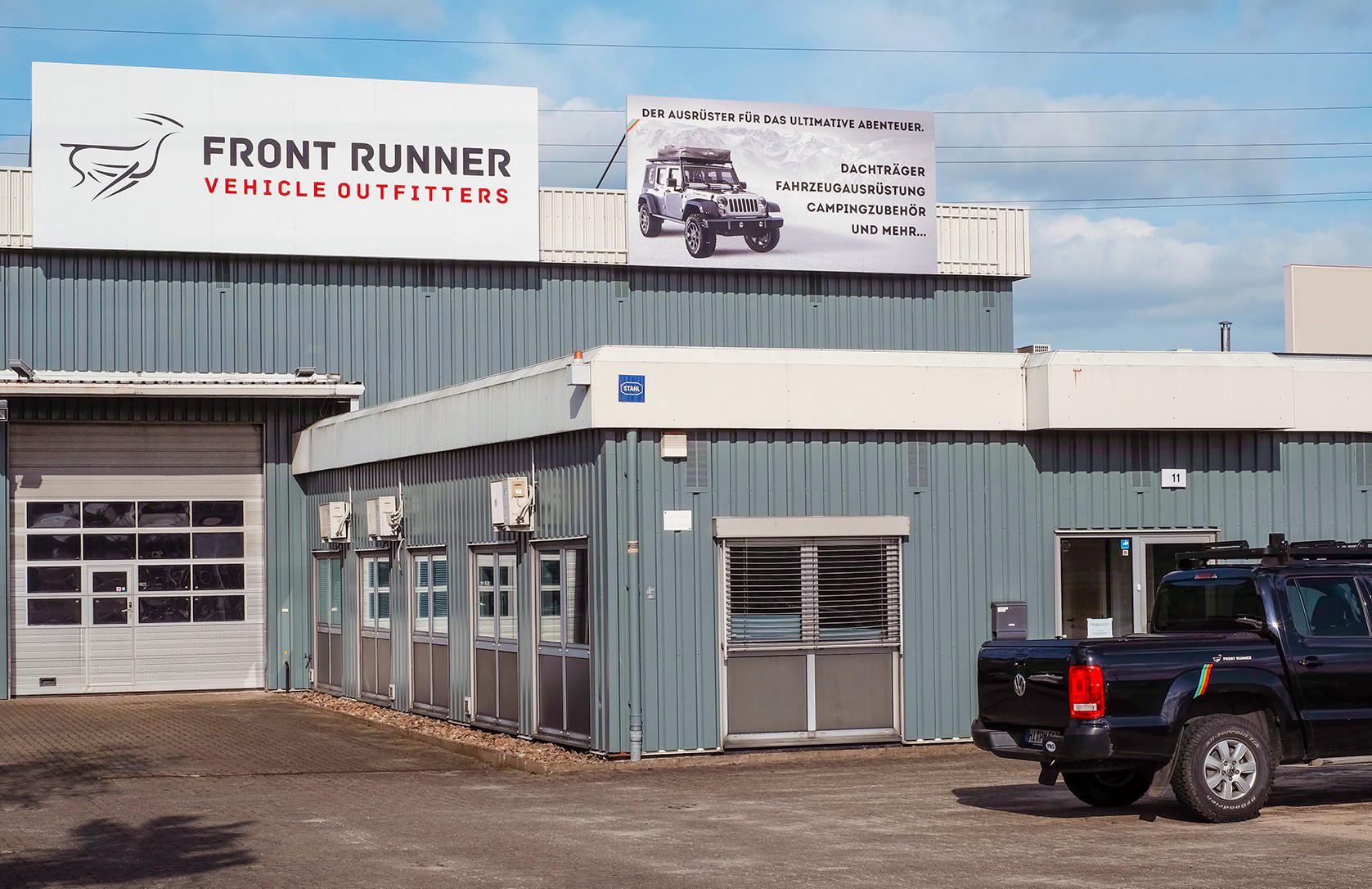 Front Runner Outfitters DACH Show-Room mit Werkstatt