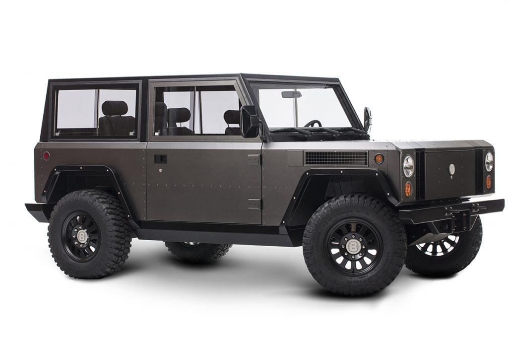 Bollinger B1 - Die Karosse erninnert an einen Land Rover Defender mit Kanten anstatt Rundungen.