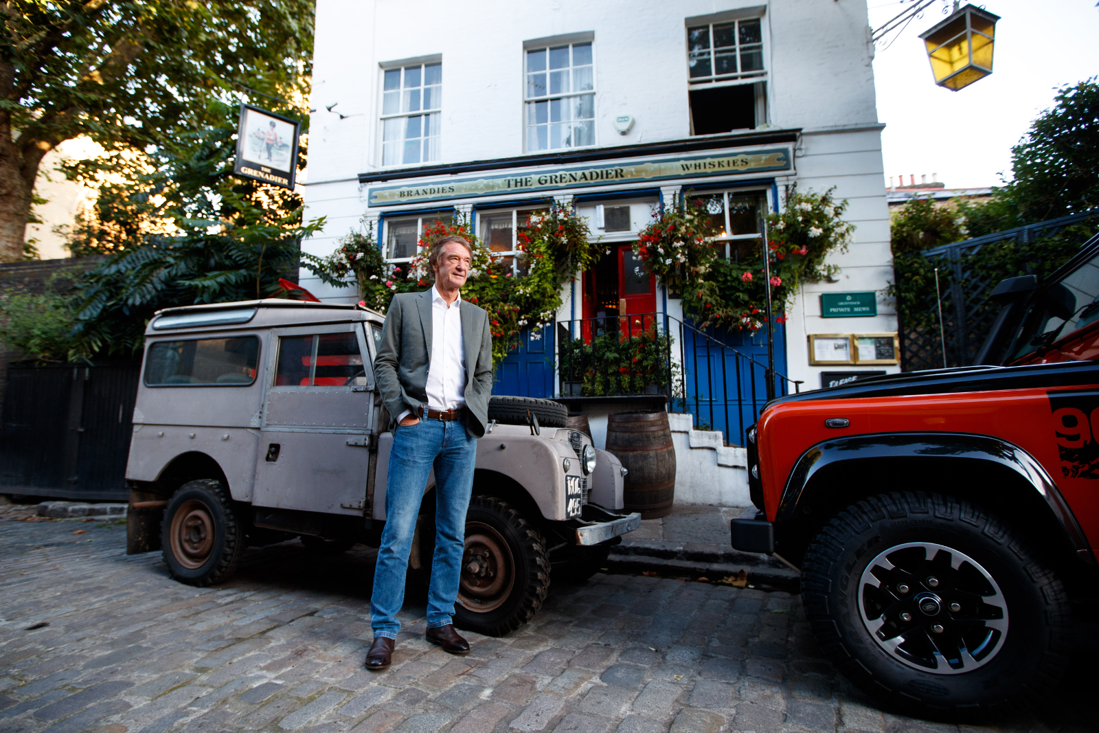 Projekt Grenadier - Jim Ratcliffe und seine Land Rover. © Foto: Ineos