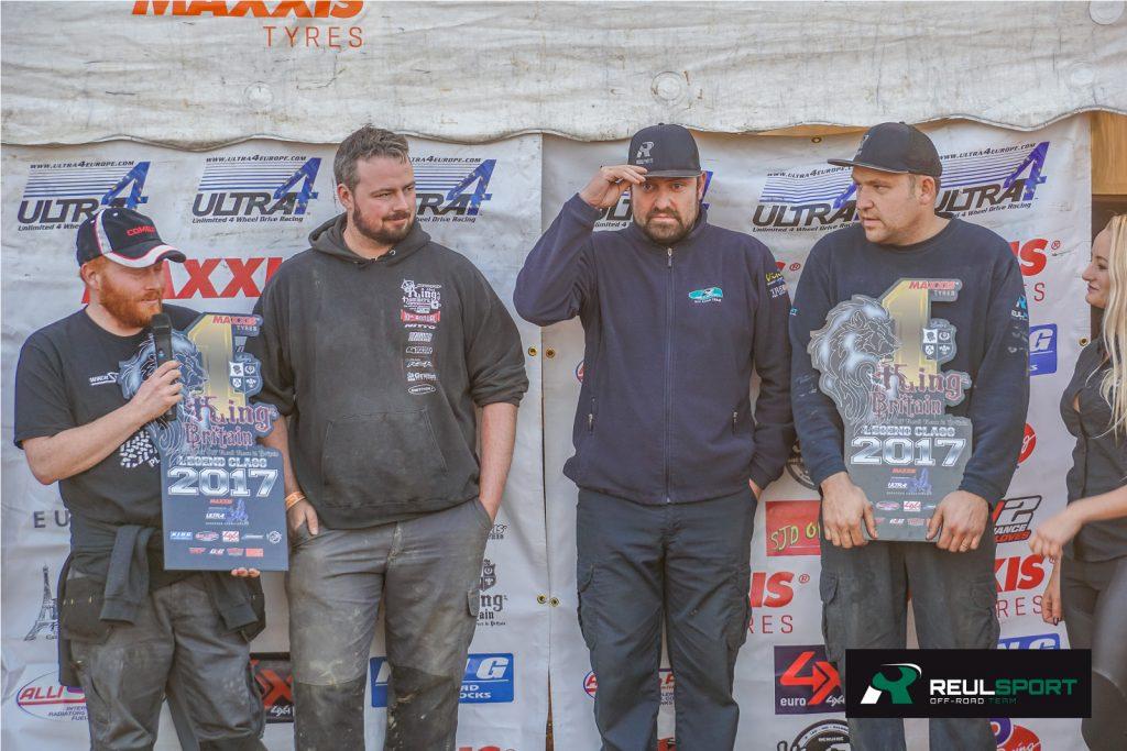 Das Reul-Sport Team auf dem Siegerpodest.