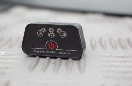 OBD-Diagnose - Stecker und App - Vgate iCar 2 Bluetooth-Adapter für OBD-2 Schnittstellen.