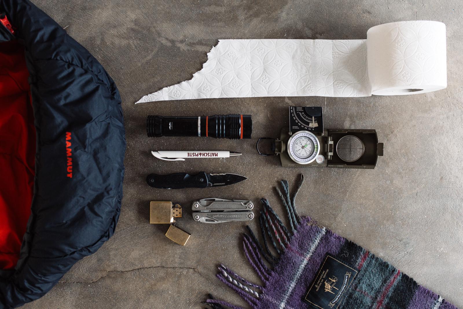 Übernachtungstasche, Notfallgepäck, Survivalausrüstung