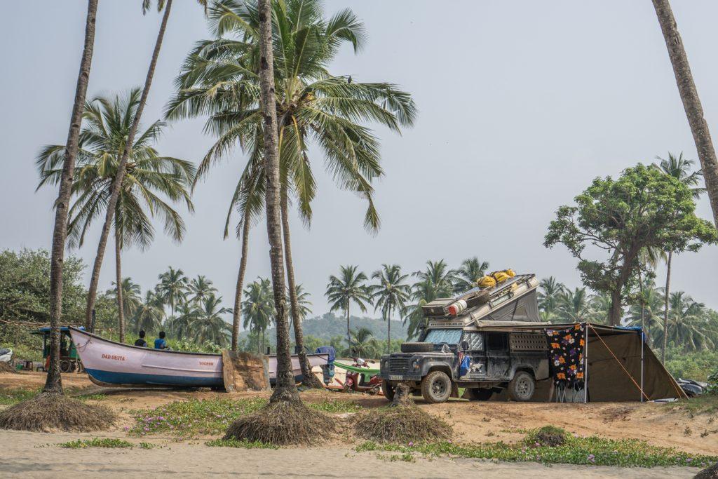 Bodensee Overlander - Camping am Agonda Beach in Indien, nach 28.036 Kilometern durch Asien.