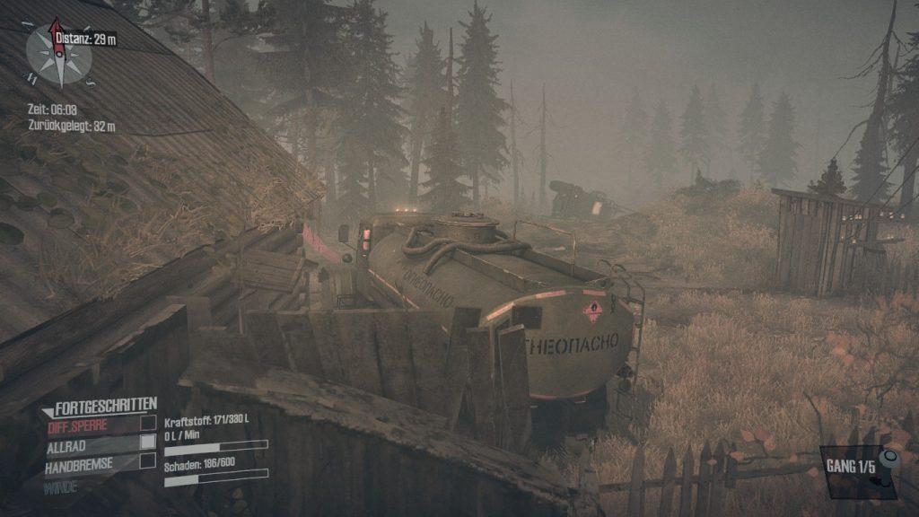 Spintires MudRunner - Hilfe naht in Form eines Tankwagens mit Winde.