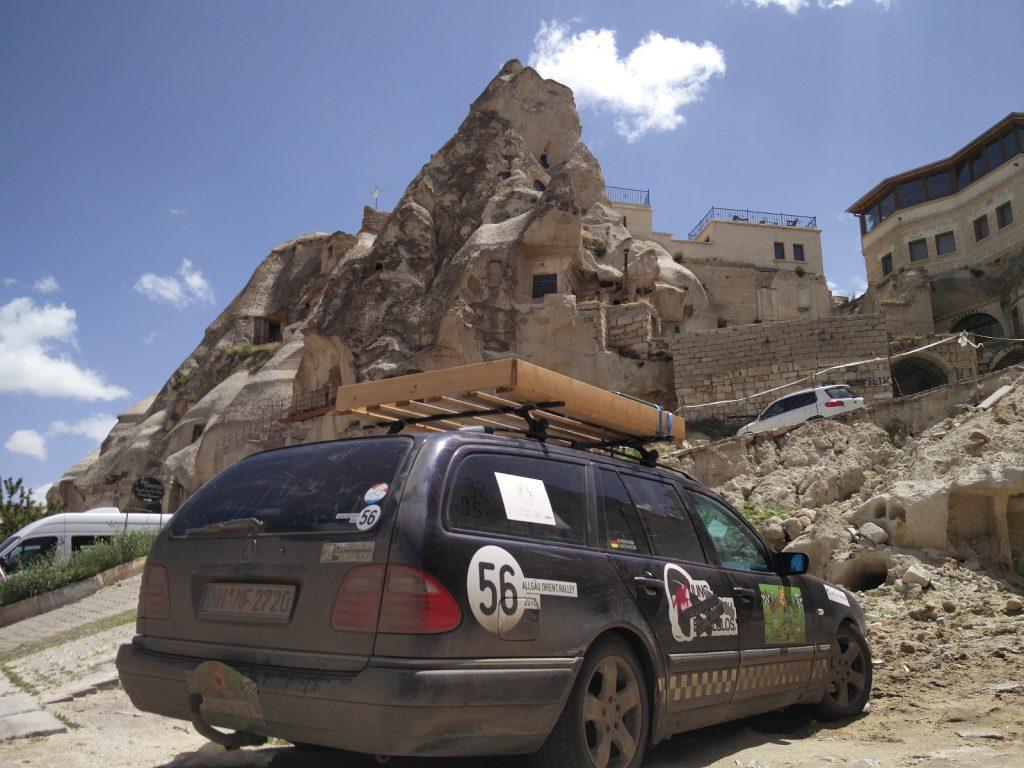 Europa-Orient-Rallye - Die Rallye führt immer wieder an kulturell interessanten orten vorbei.