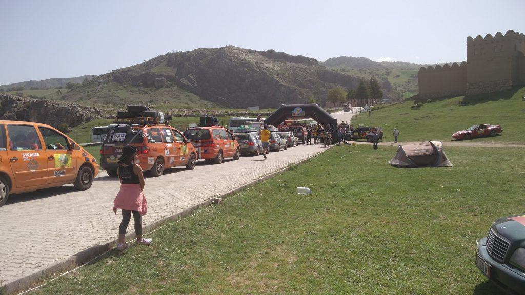 Europa-Orient-Rallye - Start in die nächste Etappe.