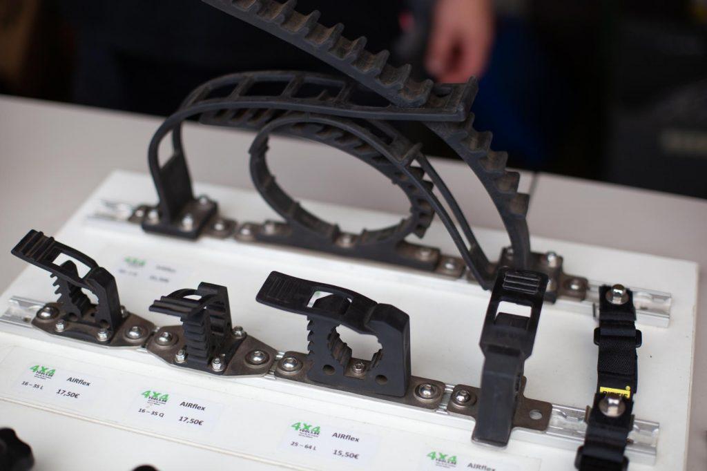 Abenteuer & Allrad 2018 - 4x4 Tools - Airflex für die Zurrschiene.