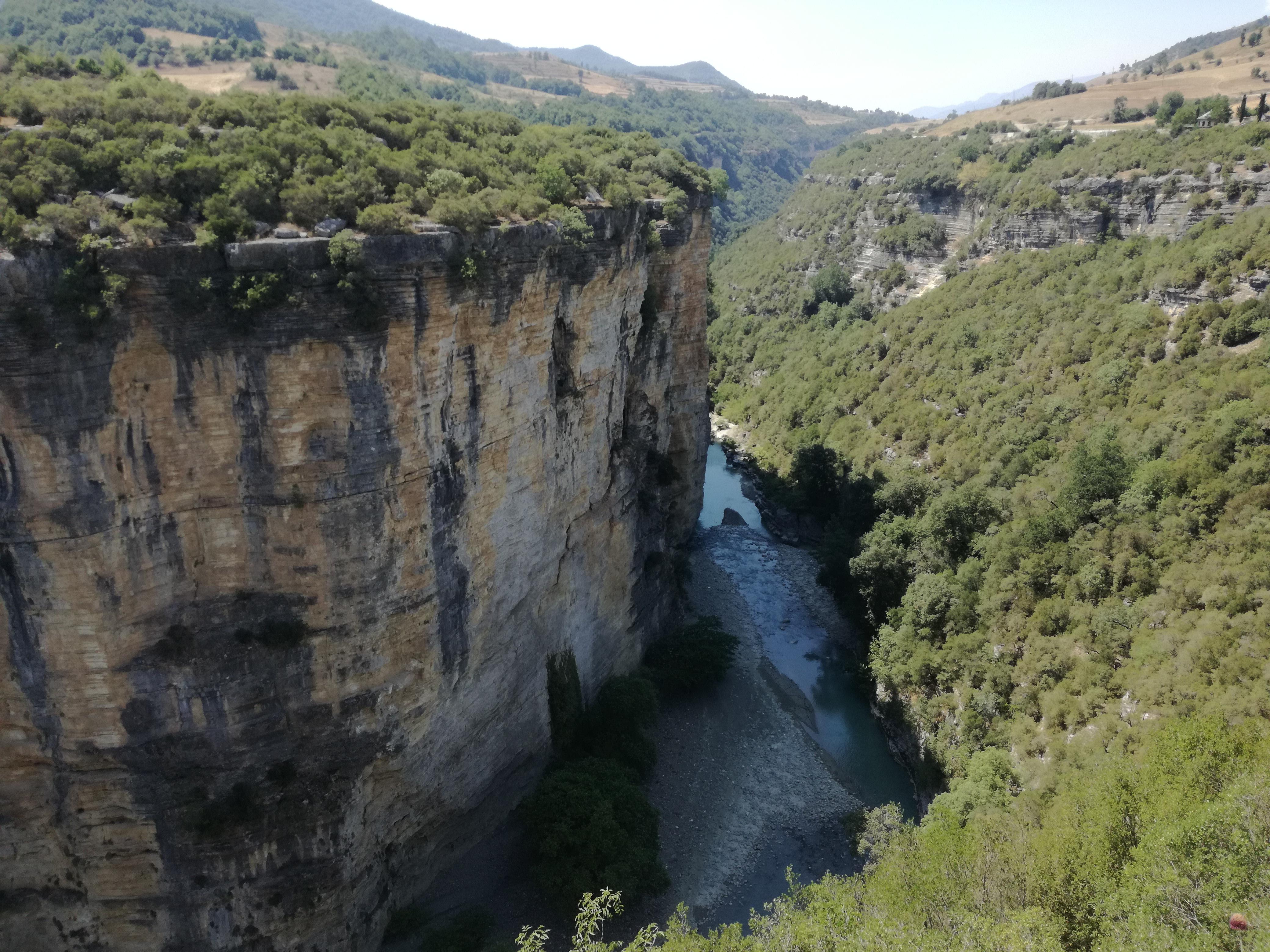 Offroad in Albanien - Der Osum-Canyon eröffnet uns neue Ausblicke