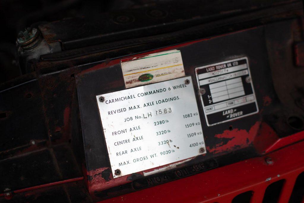 Range Rover TACR Mk2 - Das Typschild von Carmichael.