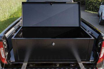 Greiner Automotive - Die Worker Modul B ist ein Top-Loader.