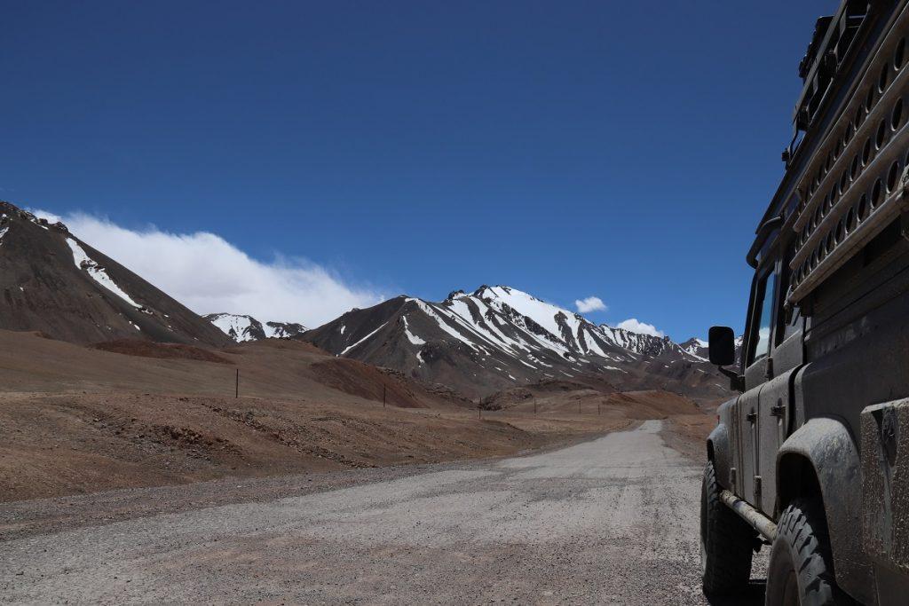 Offroad-Reise Pamir Highway - Auf dem Weg zum Ak-Baital-Pass.