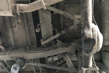 S_Achskonzepte_05 - Der A-Lenker verbindet das Chassis mit der Hinterachse.