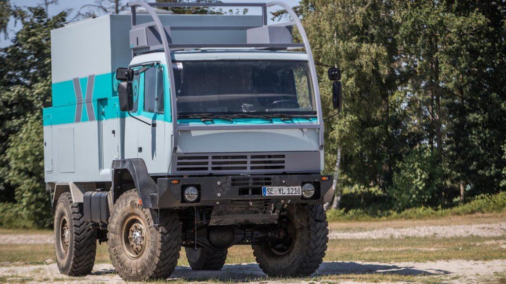 Naviton Beschichtungsseminar - Das Fahrzeug der Kollegen vom Explorer-Magazin.