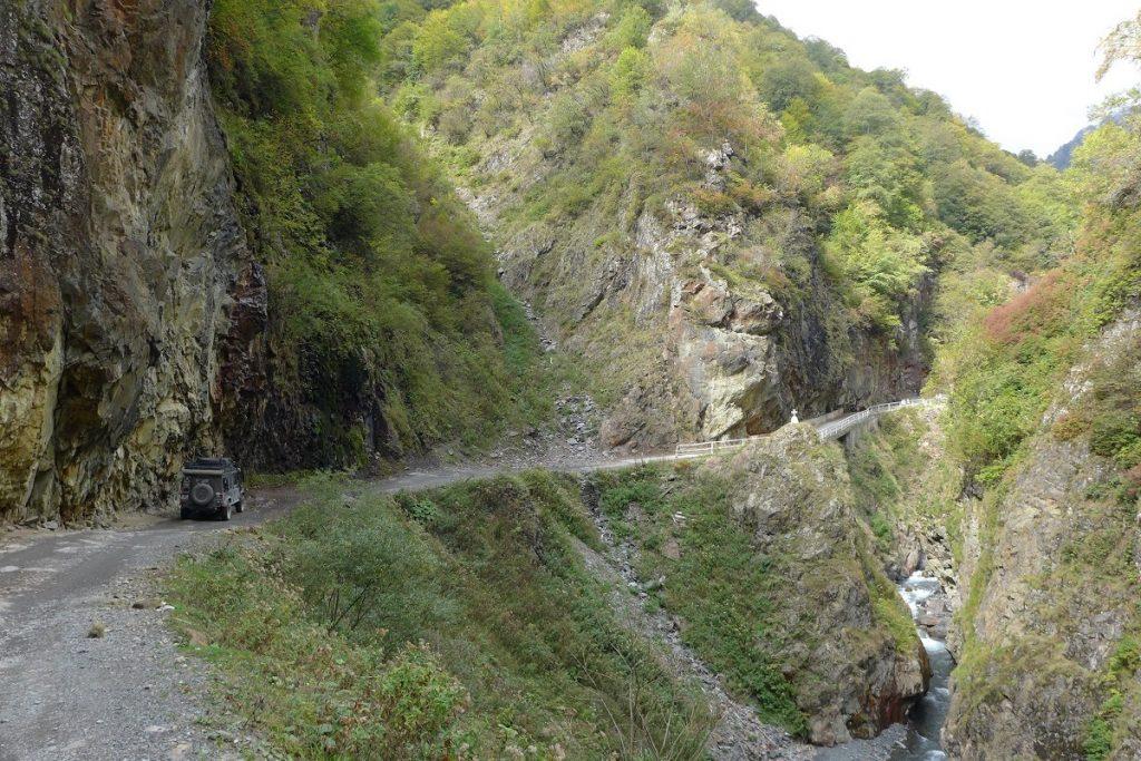 Offroad in Georgien - Über die Abano-Pass-Straße nach Omalo...